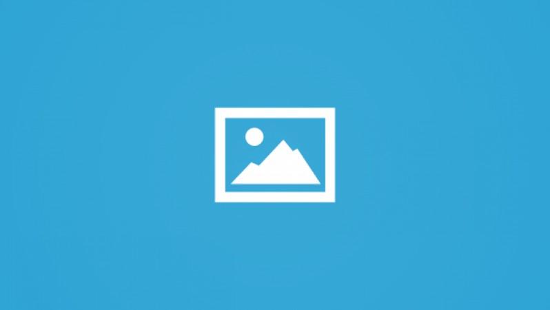 """اعتصام حاشد لمدارس """"الأونروا"""" في مخيّمي البريج والنصيرات بالتزامن مع مؤتمر المانحين"""