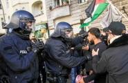 من اعتداء الشرطة الألمانية على متظاهرين في برلين