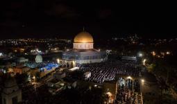 أكثر من ربع مليون يُحيون ليلة القدر في باحات المسجد الأقصى