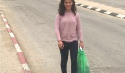 الطفلة رزان أبو سل في اللحظات الأولى للإفراج عنها من سجون الاحتلال