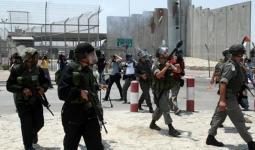 أرشيفية- قوات الاحتلال على حاجز قلنديا العسكري