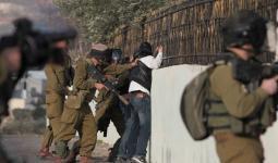 جيش الاحتلال يزعم اعتقال خلية على خلفية إلقاء عبوات ناسفة