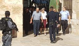 خلال اقتحام المستوطنين المسجد الأقصى