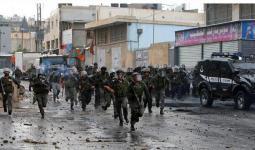 حملة اعتقالات واسعة بالضفة المحتلة تركزت في مخيّم شعفاط