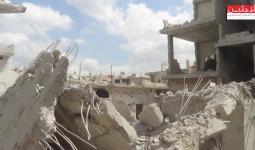 جانب من الأضرار الناتجة عن قصف النظام السوري لمخيم درعا بخرطوم متفجر