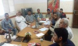 خلال لقاء اللجنة الشعبية للاجئين مع الفصائل في مخيم النصيرات