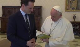 بابا الفاتيكان يُبدي قلقه حيال وضع اللاجئين الفلسطينيين