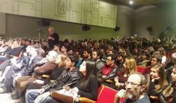 الشيوعي اليوناني يطالب برفع الحصار عن الفلسطينيين وعودة جميع اللاجئين إلى ديارهم