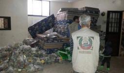 جانب من المساعدات العاجلة لاصحاب البيوت المتضررة في مخيم عين الحلوة