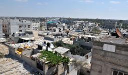 اللجنة الشعبية للاجئين في مخيّم خانيونس تُناقش مشاكل المناطق التابعة لها