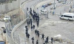 مواجهات عنيفة في مخيم شعفاط واعتقال 25 فلسطينياً