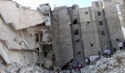 أضرار مادية كبيرة وانهيار طوابق سكنيّة إثر قصف على مخيم اليرموك