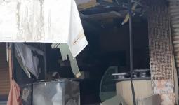 الأضرار نتيجة الاشتباكات في مخيم عين الحلوة