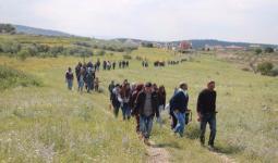 اللجان الشعبيّة تدعو للمشاركة في مسيرة يوم الأرض إلى أراضي
