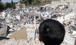 سلطات الاحتلال تهدم قبور في مقبرة باب الرحمة
