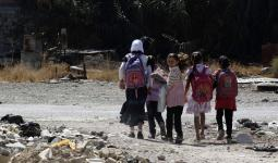 وعود بتوفير كتب مدرسيّة لطلاب مخيم اليرموك