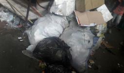 النفايات المتراكمة في مخيم عين الحلوة