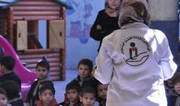 توزيع مساعدات على العائلات الفلسطينية في قدسيّا