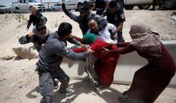 من اعتداءات الاحتلال على أهالي قرية الخان الأحمر شرقي القدس المحتلة