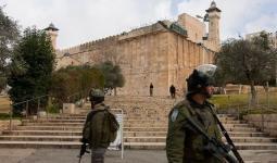 الاحتلال يفرض إجراءات مُشددة تمهيداً لاقتحام نتنياهو للحرم الإبراهيمي