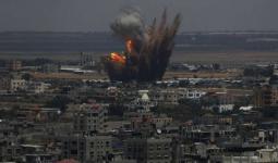 غارات واستهداف مُزارعين وصيّادين.. الاحتلال يُواصل عدوانه على قطاع غزة