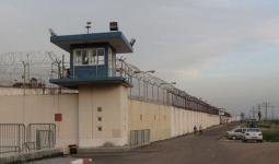 مصلحة سجون الاحتلال تنقل جميع أسرى