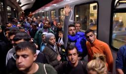 ألمانيا: الشرطة الاتحادية تعتقل 300 لاجئ متسلل..وسياسي يميني يربط التهدئة في سورية بإعادة اللاجئين إليها