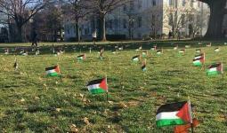 أعلام فلسطين ترفرف بجامعة في ولاية واشنطن إحياءاً لذكرى الإنتفاضة الأولى