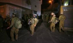 الاحتلال يشن حملة اقتحامات واعتقالات تطال مخيمات طولكرم والعروب والدهيشة