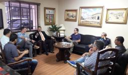 رئيس بلدية بيتونيا في زيارة لأورغويانا البرازيلية