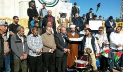 صوت الأذان يعلو على الحدود اللبنانية الفلسطينية