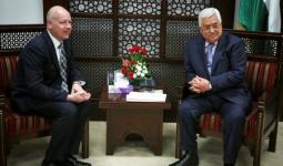 المبعوث الأميركي جيسون غرينبلت خلال لقاءه مع رئيس السلطة الفلسطينية محمود عباس