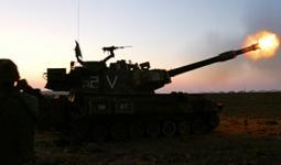 مدفعية الاحتلال تستهدف مناطق في قطاع غزة