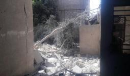 اثار القصف على مخيم خان الشيح