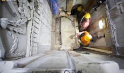 قبر السيد المسيح يُفتح في كنيسة القيامة في القدس