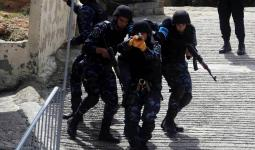 الأجهزة الأمنيّة في الضفة المحتلة تعتقل أشقاء أسير مُحرر من مخيّم عسكر الجديد