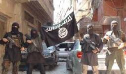 تنظيم داعش في المخيم