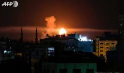 الاحتلال يقصف أكثر من (12) موقع في غزة