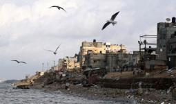لقاء في بلديّة غزة حول أزمات المياه والصرف الصحي في مخيّم الشاطئ