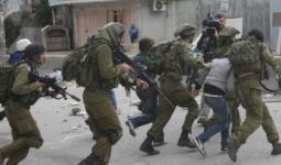 اعتقالات بالضفة المحتلة تطال مخيّمي الجلزون والفوّار