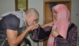 الاحتلال يُعيد اعتقال أسير من مخيّم شعفاط لحظة الإفراج عنه