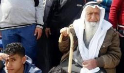استشهاد مُسن فلسطيني برصاص دبّابات الاحتلال شرقي مُخيّم المغازي