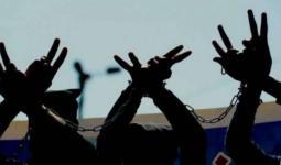 الأسيران عدنان والخطيب يُواصلان إضرابهما عن الطعام