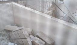 الأمطار تُهدد حياة عائلة فلسطينيّة في مُخيّم برج الشمالي