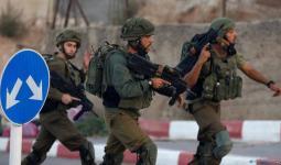 اعتقالات واستيلاء على أموال في الضفة المحتلة واقتحام مركز إسعاف في القدس