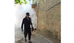 حملة رش مبيدات في ازقة مخيم جرماتا