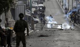 قوات الاحتلال تُصيب شاب وتعتقله على حاجز مُخيّم شعفاط