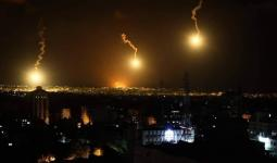 قنابل الإنارة التي أطلقها الاحتلال شرقي صوفا فجر الخميس