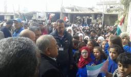 من زيارة سابقة لرئيس هيئة اللاجئين علي مصطفى إلى طلاب مدارس