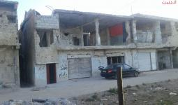 أحد المنازل المسكونة في المخيّم